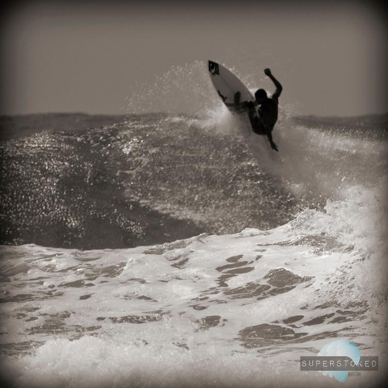 Luca Guichard (Twins on Fins) surfing Carcavelos, Portugal