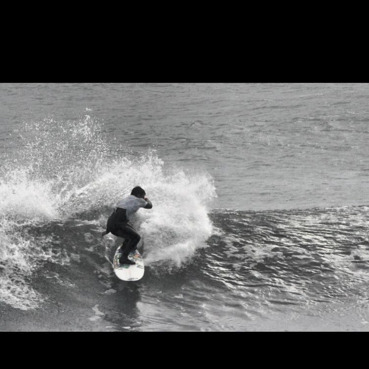 Luca Sanna surfing sardinia