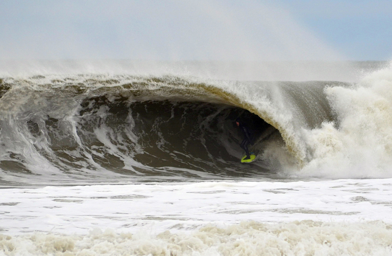 Zack Humphries surfing Bayhead, New Jersey - © Matthew Lang
