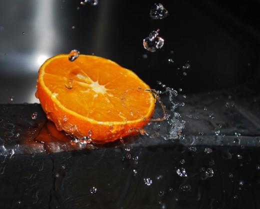 orange and avocado juice - wikimedia commons