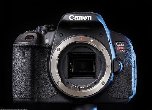 Canon EOS 700D (aka T5i) - Photo Wikimedia