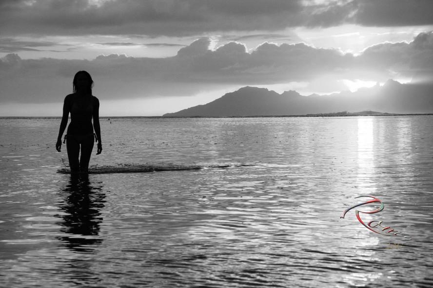 Tahitian sunset bliss