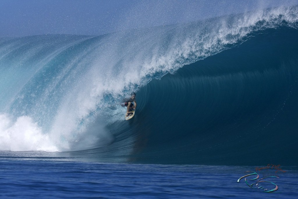 Danny Fuller surfing Teahupoo